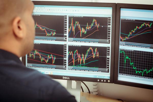 gt trading monitors